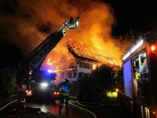 Großbrand zerstört den Rebhof