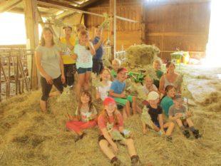 Basteln, Sport und ein tierisch guter Ausflug beim Kindersommer