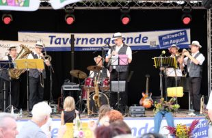 Mit Dixie-Jazz ging's in den August