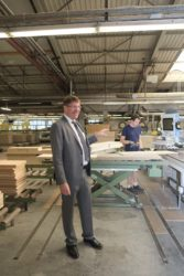 Hund Möbelwerke investieren 4,8 Millionen in den Standort Biberach