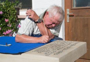 Gedenktafeln werden restauriert