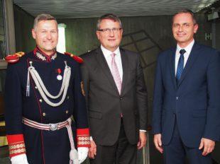 Bürgermeister Pfundstein setzt sich für die Bürgerwehren ein
