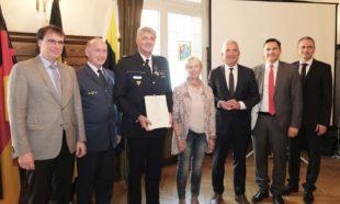 THW-Ehrenzeichen in Silber für Offenburgs Polizeipräsident Reinhard Renter