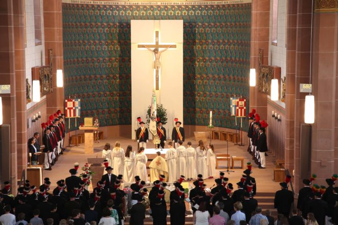 Pontifikalamt mit Erzbischof Stephan Burger