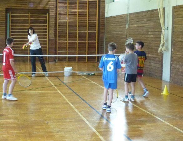 Schule und Verein: Kostenloses Jugend-Tennistraining
