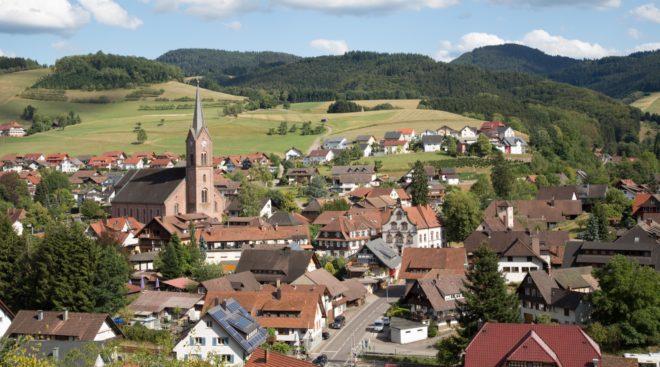 Gemeinde Oberharmersbach: Einwohnerversammlung in der Reichstalhalle