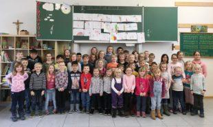 Schulfüchse besuchen Brandenkopf-Schule für Vorlesenachmittag
