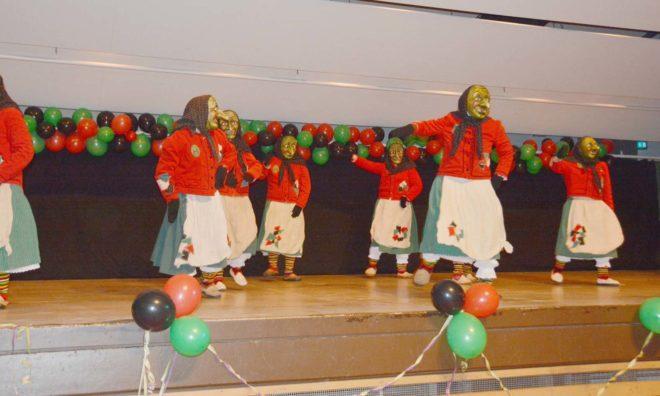Eckwaldhexen Unterharmersbach feiern 21. Hexenball