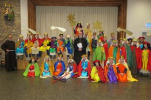 Sternsinger sammeln Spenden für Kinder in Peru