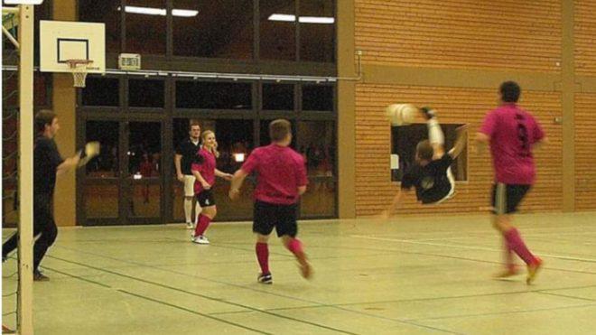 Sportverein Oberharmersbach: 16. Fußballortsturnier in der Reichstalhalle