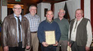Franz Kubasek zum Ehrenmitglied der Jagdhornbläsergruppe ernannt