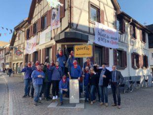 Zeller Volksfront Zell erobert Hechten zurück und stellt Forderungen