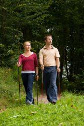 Landfrauen Oberharmersbach: Nordic-Walking-Kurs
