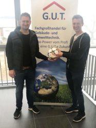 Ballspende von G.U.T. Offenburg für FV Biberach