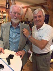 Golfer verabschieden langjährigen Clubchef Olaf Pohl mit Ehrennadel