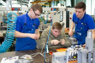 Maschinenfabrik Junker stand ganz im Zeichen der Ausbildung