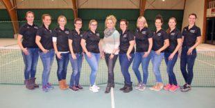 Racket-Girls modisch auf der Höhe