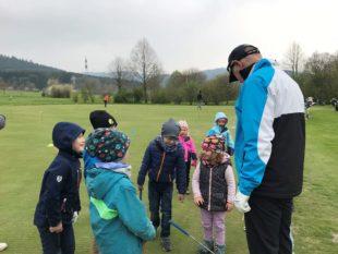 Auftakt zum Golf-Jugendtraining