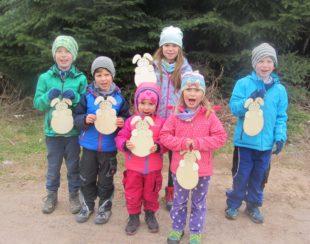 Überraschung vom Osterhasen am Langenhard für Nordracher Kinder