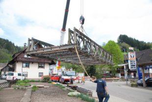 Behelfsbrücke wird nachjustiert