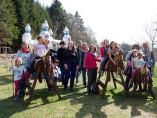 Familiengruppe des Schwarzwaldvereins war dem Osterhasen auf der Spur
