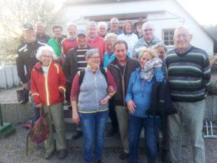 Wanderer bei Berghaupten unterwegs