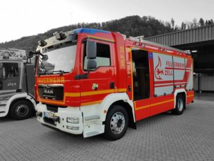 Feuerwehr Zell a. H.: Frühjahrsübung und Fahrzeugweihe