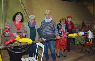 Fünf Neuhauser Familien pflegen die Tradition des Palmenbindens