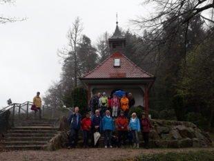 Wanderer aus Linkenheim-Hochstetten begleiteten die Dienstagswanderer