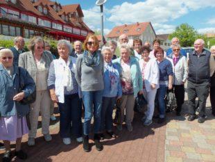 Senioren unternehmen mit Altenwerk Tagesausflug in die Pfalz