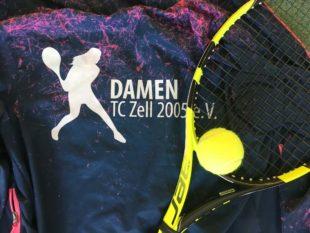 Racket-Girls des Tennisclubs Zell im siebten Tennishimmel