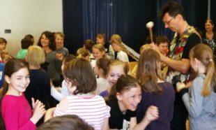 Grundschüler als kleine Opernstars