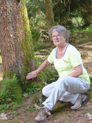 Tourist-Info Oberharmersbach: Waldbaden »Tonikum Natur« mit Simone Kasper