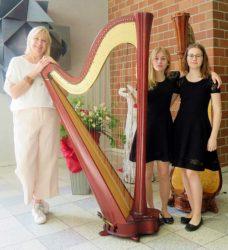Magdalena Laifer überzeugt mit Harfenspiel bei »Jugend musiziert«