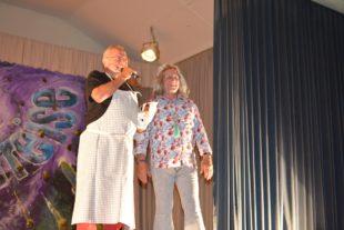 »Schdechmucke« sangen Manfred Lehmann ein Geburtstagsständchen