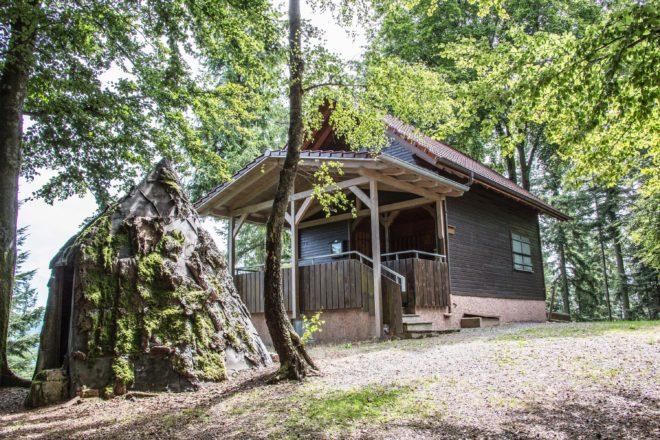 Tourist-Info Zell am Harmersbach: Geführte Wanderung zur Kuhhornkopf-Hütte mit Einkehr und Musik