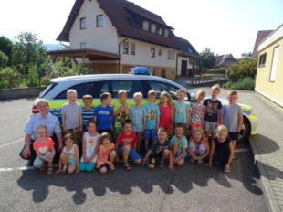 Besuch der Polizei im Kindergarten