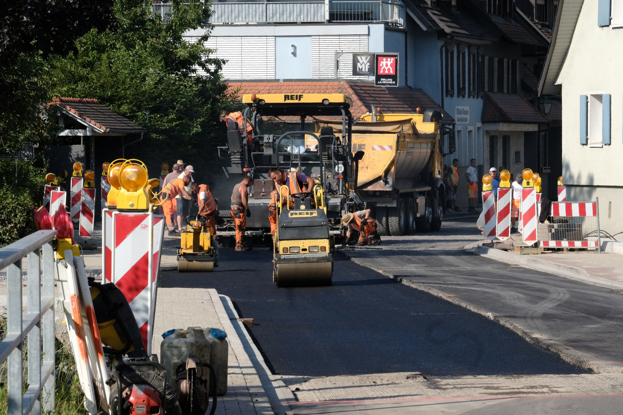 2019-7-10-ZE-vo-Asphaltierung Oberstadt DSCF9096