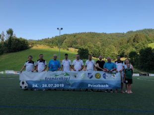 Brandenkopf-Cup vom 24. bis 28. Juli in Prinzbach Zum 12. Mal wird die »Talmeisterschaft« ausgespielt – Junioren- und Alt-Herrenturnier runden das Programm ab