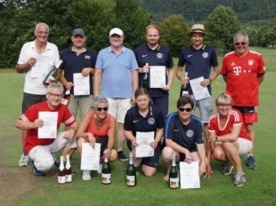 60 Teilnehmer beim Fußball-Golf