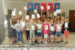 Grundschule Unterharmersbach ehrt erfolgreiche Sportler