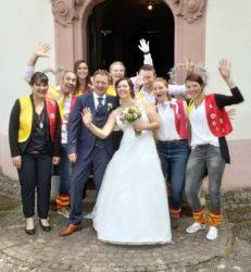 Narren gratulierten zur Hochzeit