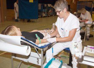 210 Blutkonserven in der Urlaubszeit