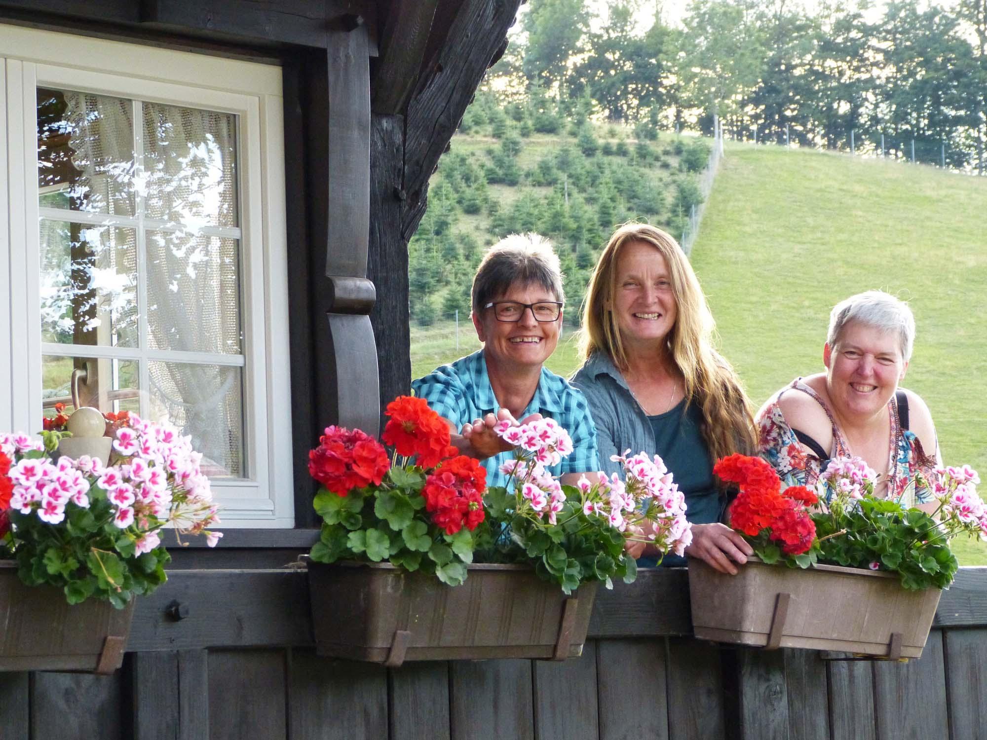 2019-8-23-ZE-OE-bia-Landfrauen-+ drei