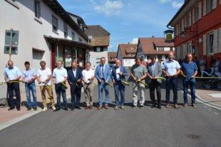 Minister Winfried Hermann übergibt Ortsdurchfahrt ihrer Bestimmung