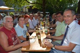 Unterharmersbach feiert großes »Verkehrsfreigabe-Vesper«