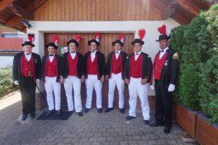 Vier neue Gewehrträger bestanden ihren ersten Auftritt mit Bravour