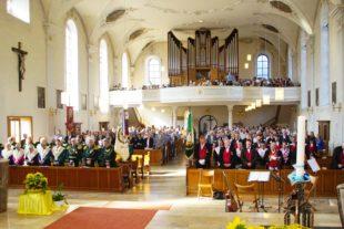 Freude und Fröhlichkeit beim ökumenischen Kirchentag