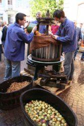 Mostfest mit Markt und Musik