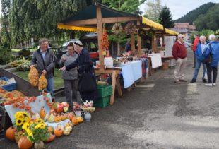 Herbstmarkt der Landfrauen bot vielfältige Waren der Saison
